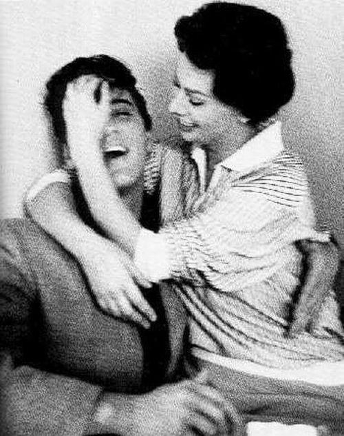 Elvis-Presley-and-Sophia-Loren