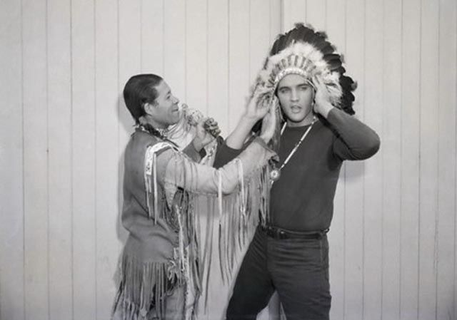 Elvis-Presley-with-african-mask