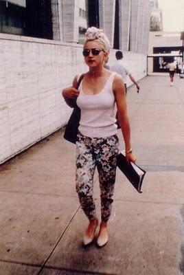 Madonna-walking-in-street
