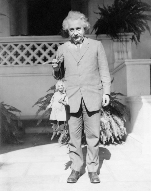 Albert-Einstein-with-an-Albert-Einstein-puppet
