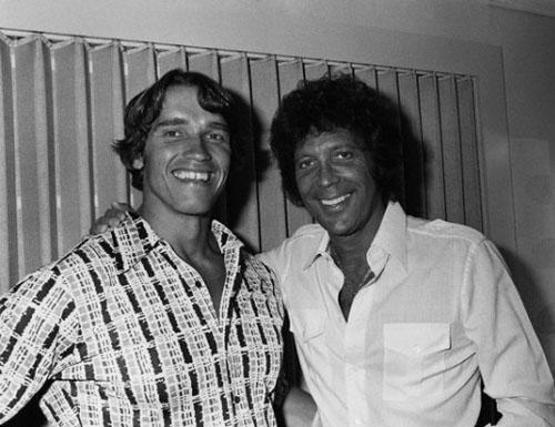 Arnold-Schwarzenegger-and-Tom-Jones1