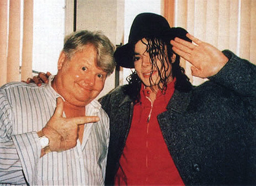 Benny-Hill-and-Michael-Jackson