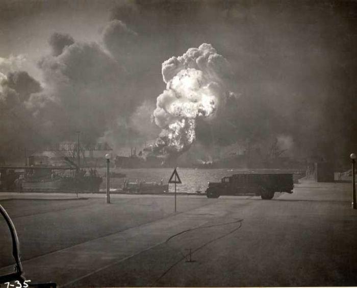 bomb-blast-in-military-camp-world-war-2