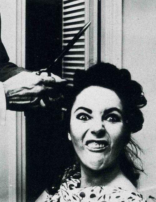 Elizabeth-Taylor-hair-cut-rare-photos