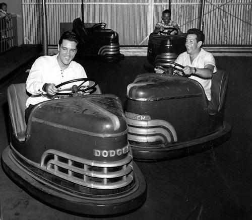 Elvis-Presley-driving-bumper-car