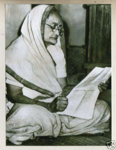 KASTURBA-GANDHI-rare-vintage-photos