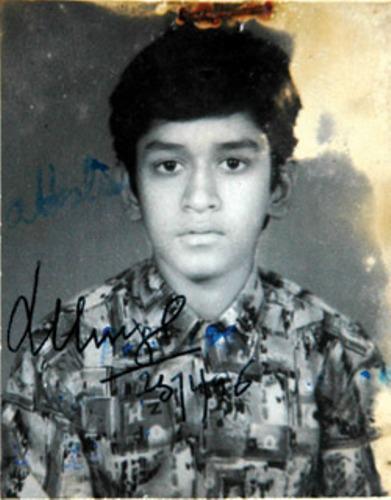 M-S-Dhoni-Childhood-Photo