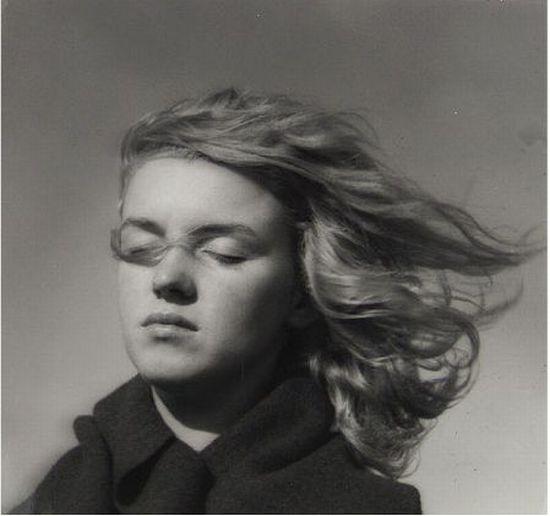 Marilyn-Monroe-in-1946