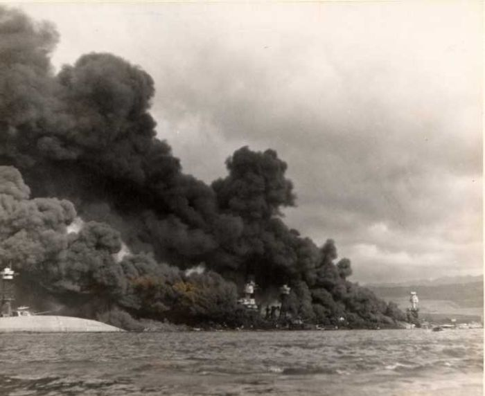pearl-harbor-sudden-attack-by-japanesse