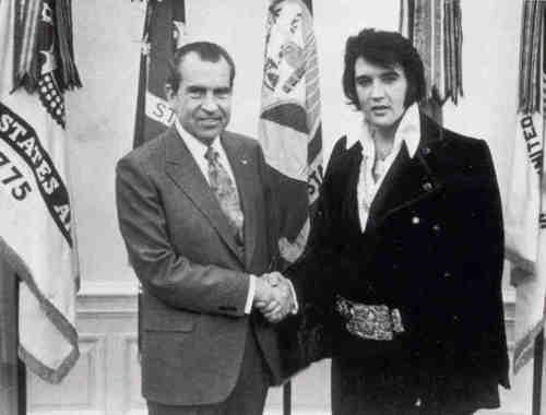 Richard-Nixon-and-Elvis-Presley