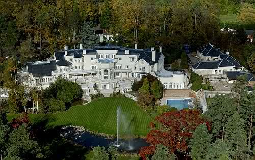 Top 10 most expensive houses in the world 2011 for Top 10 biggest houses in the world