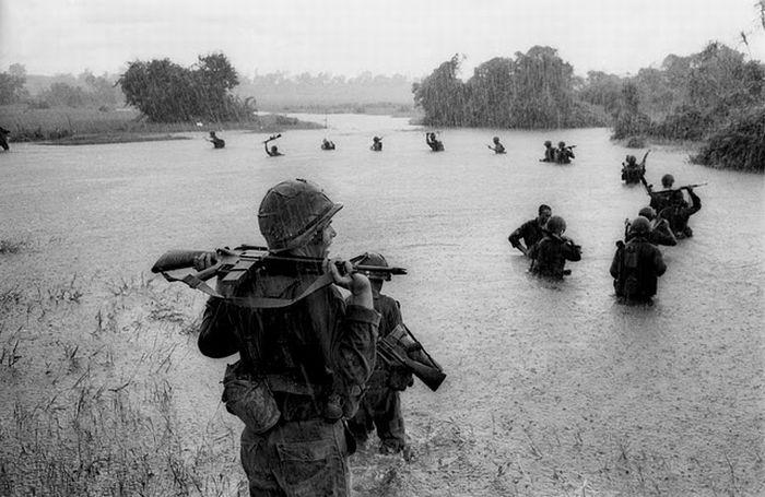 american-soldier-enjoying-rain-in-a-river-in-vietnam-war