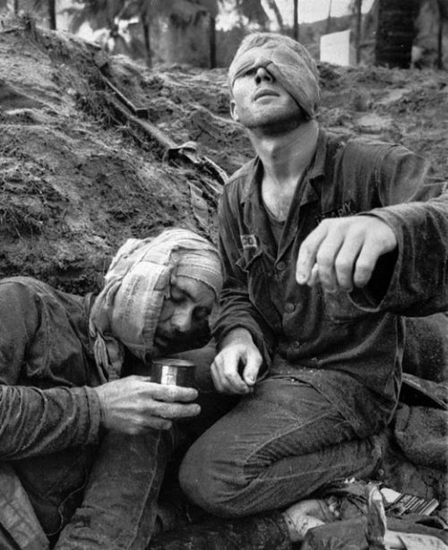 wounded-blind-american-soldier-in-vietnam-war