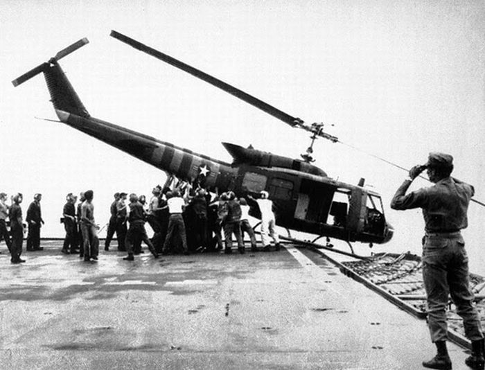 Helicopter-tilted-in-fall-of-saigon-vietnam-war