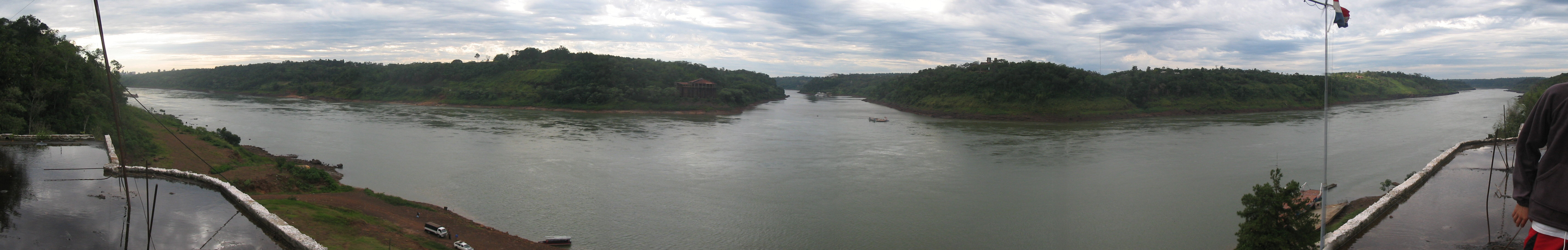three-border-in-one-view-Panorama-with Paraguay
