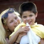 Zach-Tahir-with-mum-Rachel