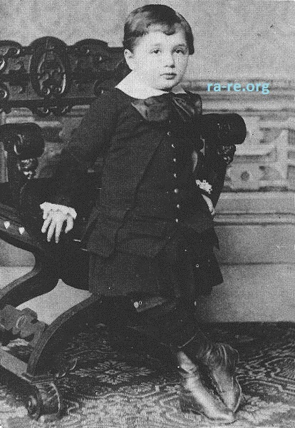 baby-photo-einstein