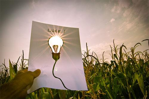 bulb-glowing-by-sun