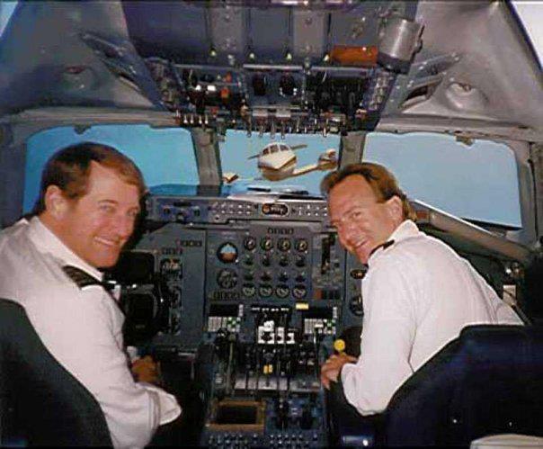 pilot-in-cabin-aeroplane.