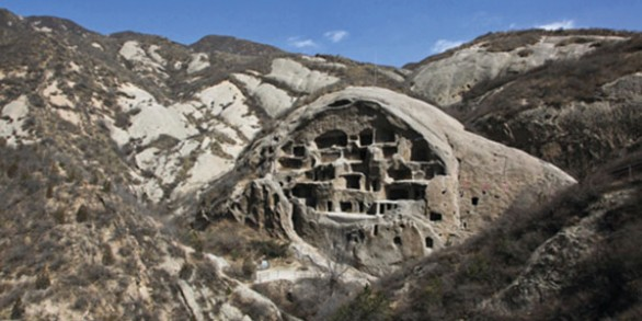 yaodong-caves-china-carry-30-million-people