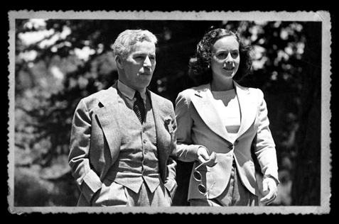 Charlie-Chaplin-and-Paulette-Goddard