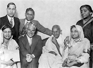 Charlie Chaplin-with-gandhi