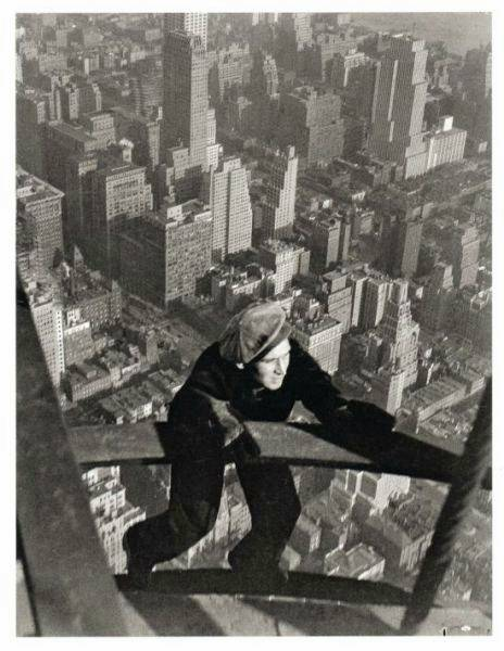 at-life-risk-3500-workers-constructed-Empire-State-Building-before-time