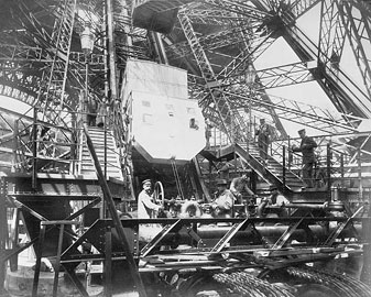 eiffel-tower-construction-history-in-past