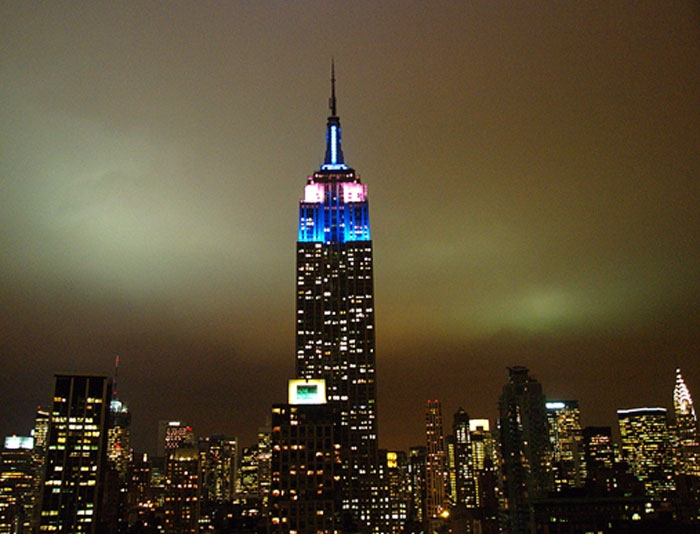 empire-state-building-looks-gorgeous-at-night