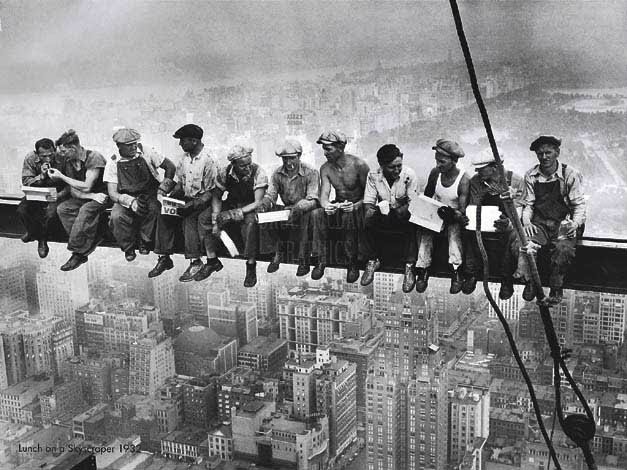 workers-at-top-Empire-State-Building-1930