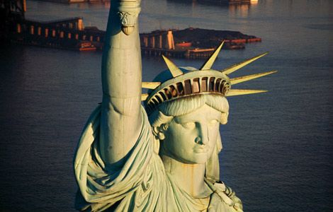 Statue-of-Liberty-from-helicopter(aerial-view)