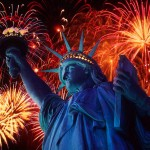 fireworks-in-night-over-Statue-of-Liberty