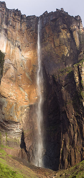 Angel-Falls-During-dry-season