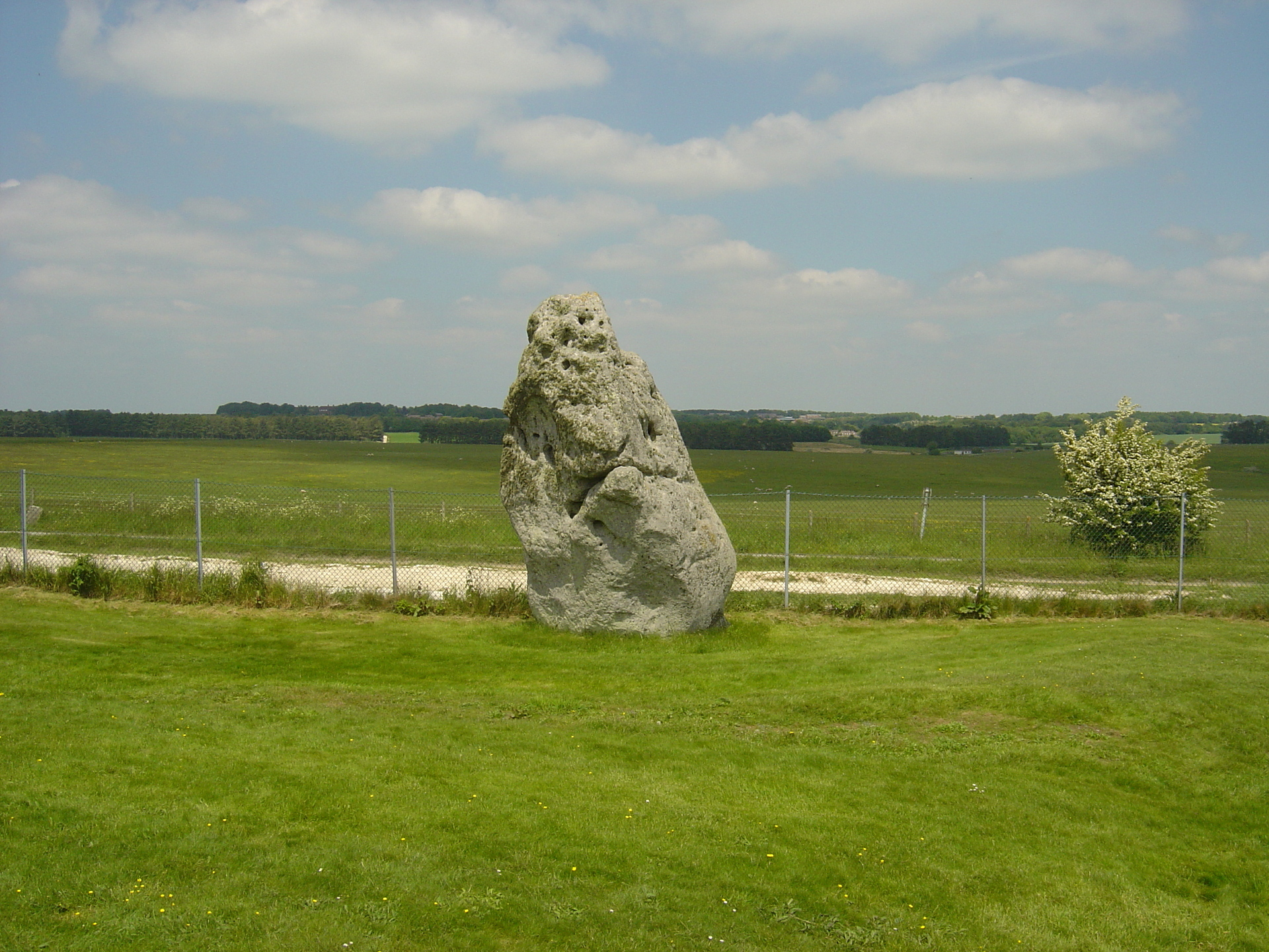 16-foot-tall-Heel-stone-is-centre-attraction