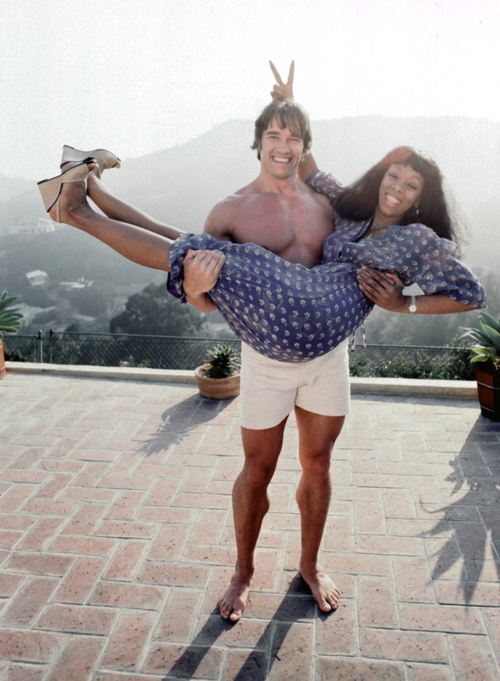 Arnold-Schwarzenegger-and-Donna-Summer