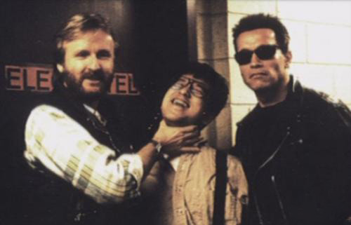 James-Cameron-and-Arnold-Schwarzenegger-on-the-set-of-Terminator-2