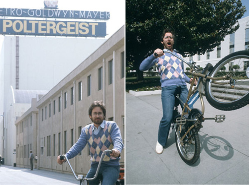 Steven-Spielberg-riding-cycle