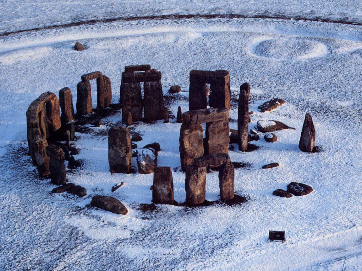 stonehenge-during-winter-covered-by-snow