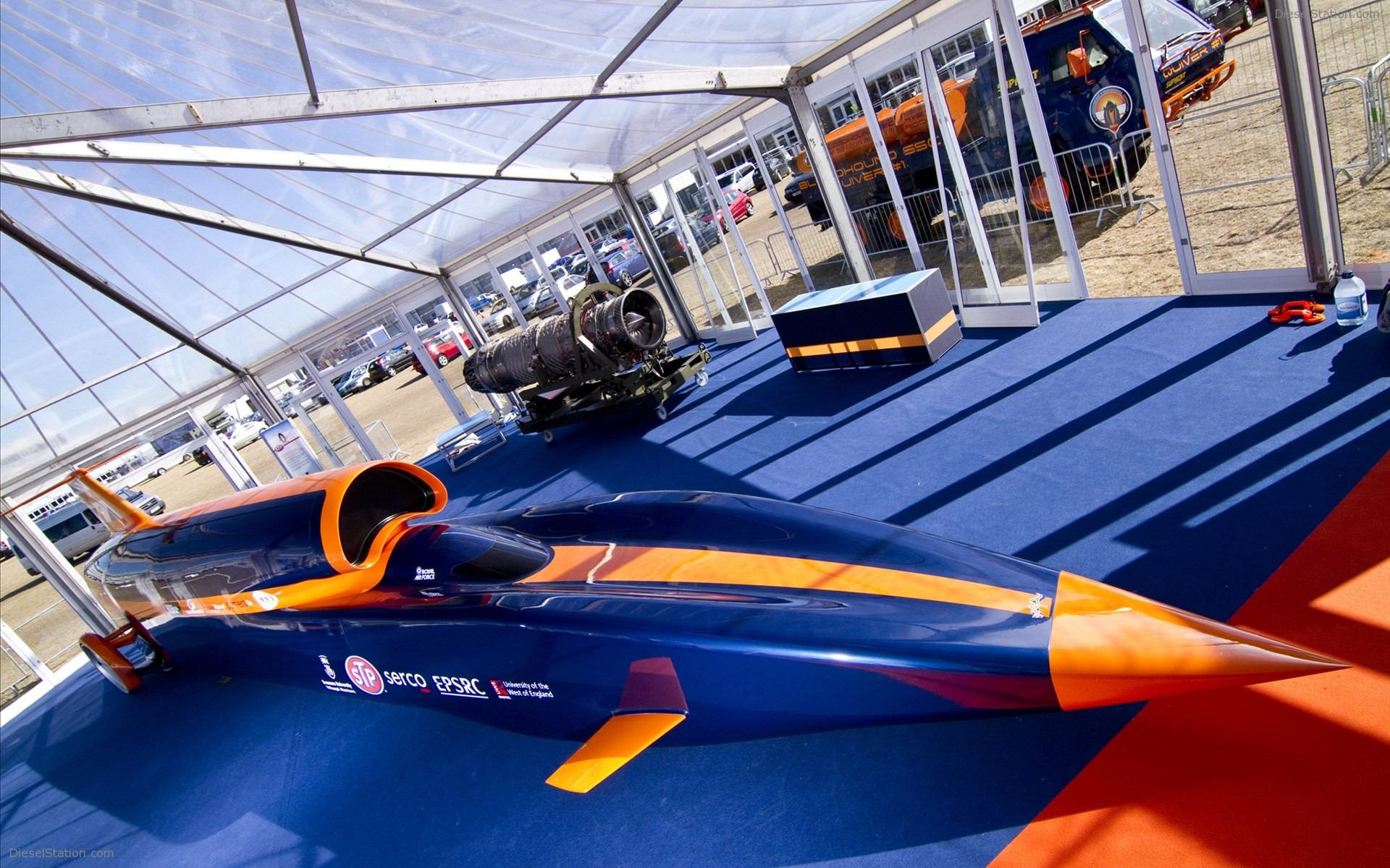 Bloodhound-SSC-Car-will-run-at-a-speed-of-more-than-1000-miles-per-hour