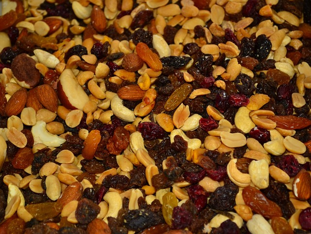 almond-nuts-food-are-gluten-free