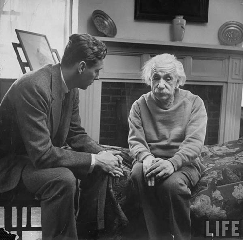 Albert-Einstein-during-ill