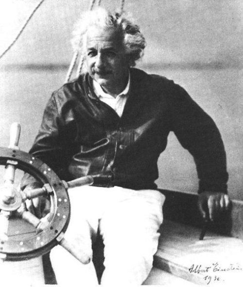 Albert-Einstein-signed-this-photo