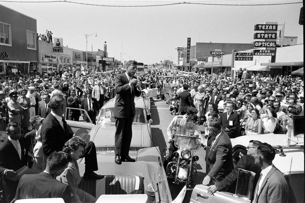 Grand Prairie-Texas-September-1960-election-campaign-JFK