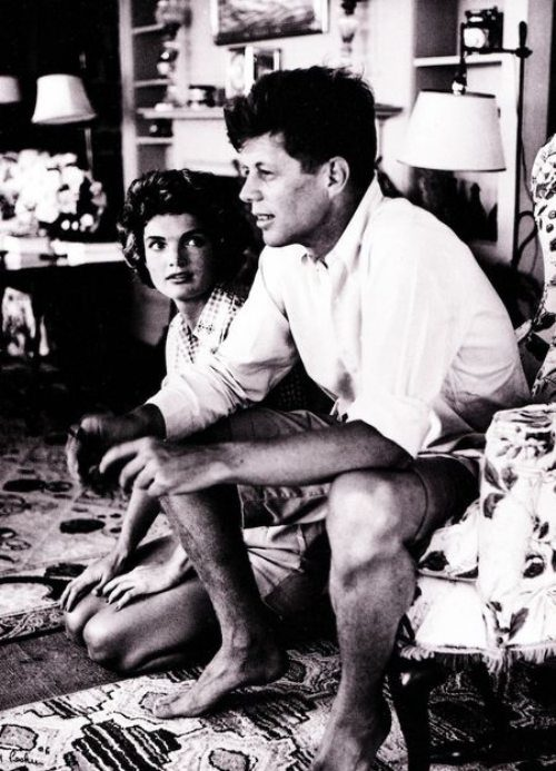 john-f-kennedy-few-days-after-marriage