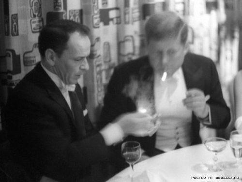 john-f-kennedy-lighting-his-cigars