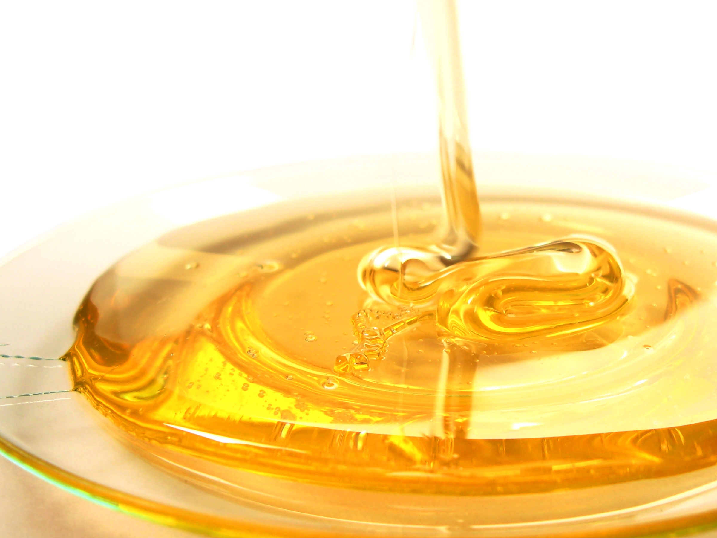 honey-contains-fructose-and-glucose