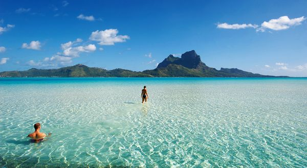 Bora-Bora-beaches-crystal-clear-water