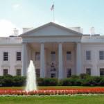 White-House-fountain-with-garden