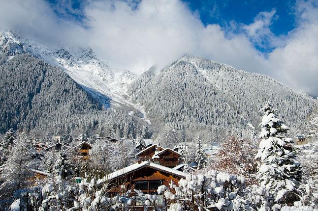 chamonix-cover-with-snow