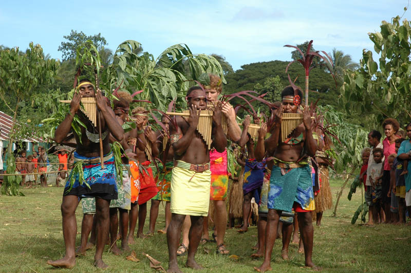 local-people-in-solomon-islands